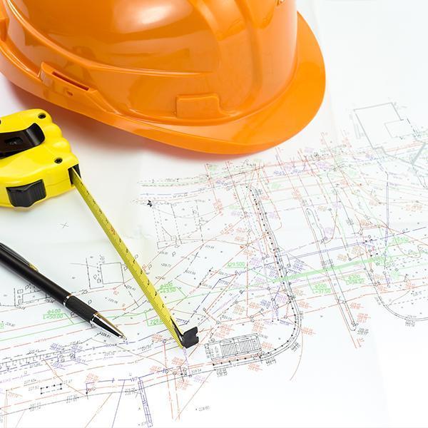 Kask naprojekcie budowlanym